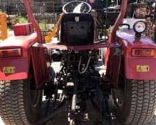 Tractor Hanomag 300 con Cortadora de Cesped