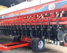 Sembradora Metar Elite Autotrailer de 47 Lineas