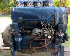 Motor Deutz F4L913 4 Cilindros año 1985 con Docuemntacion