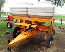 Fertilizadora de Solido a Plato 3000 Kg Pozzi Disponible