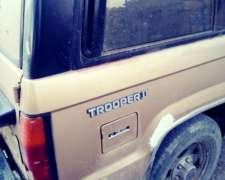 Necesito Caja De Cambio 4x4 Nissan Trooper