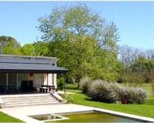 Casa De Campo Sa Areco. 300ha. A 1km De Rn8. Ideal Haras
