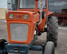Tractor Fiat 700