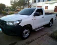 Toyota Hilux Cabina Simple 4X4 2017. Impecable. 90800 km