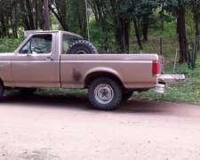 Ford F100 Turbo Diesel
