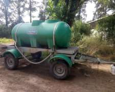 Carro Tanque Plastrong 3400 Litros