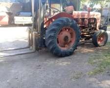 Tractor Elevador Fiat con Pluma