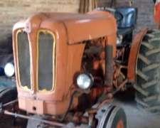 Tractor Fiat 350 Motor Perkins 3