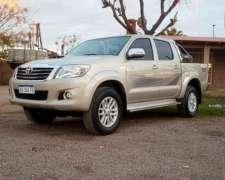 Toyota Hilux Srv 4x4 Cuero 3.0 Automatica 2015