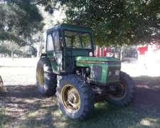 Tractor John Deere 2300 DT