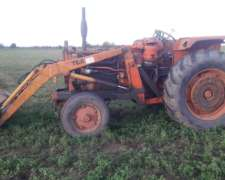 Tractor Fiat 60 con Pala