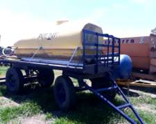 Acoplado con Tanque para Agua 4000 Litros