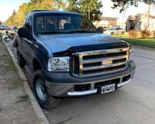 Ford F 100 4X4 Caja Larga CAB Simple