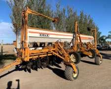 Sembradora Cele Plus 7000 14 a 52 con Fertilización