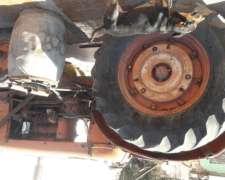 Vendo Tractor a Reparar .
