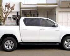Dueño Única Mano Vende Toyota Hilux 2.8 SRV Pack 4X2 2016