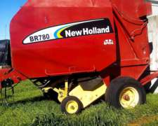 Enrolladora New Holland Br780