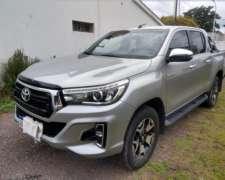 Toyota Hilux 4X4 SRX 2.8 TDI 6 A/T