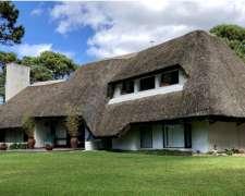 En Punta del Este Uruguay Hermosa Casa en San Rafael