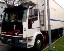Camión Balancín con Ganchera
