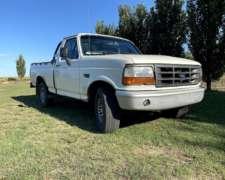 Ford 100 - Mod 98 - Motor MWM - Caja Clarck