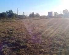 Vendo Terreno Exelente Ubicacion Con Todos Los Servicios