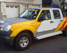 Vendo Camioneta con Peine para Auxilio Mecánico / Completo