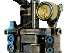 Bomba Simple 4 Pistones Massey Ferguson
