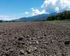 Finca Campo - Con Riego Cercano A San Salvador De Jujuy