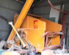 Moledora de Rollos y Granos Alcal Modelo JA 121, Usada
