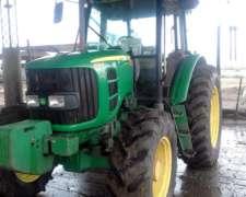 Vendo Tractor John Deere 6125 D