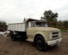 Camion Chevrolet C70 Volcador