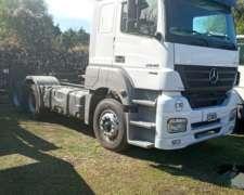 Mercedes Benz Axor 2040 (400 HP) 6X2 año 2013