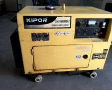 Monofasico. Diesel. Marca Kippor. 6,5 Kva. Cabinado.
