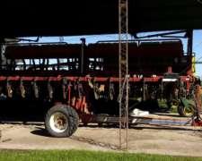 Sembradora Autotrailer Monumental Grano Grueso