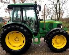 Trator John Deere 5720 Premium