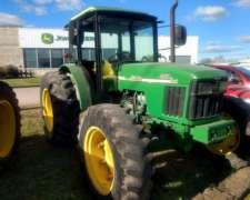 Tractor John Deere 5403 2005