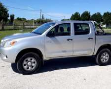 Toyota Hilux 3.0 4X4 Doble Cabina ABS