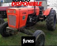 Tractor Fiat 700 e Usado