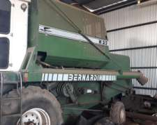 Bernardin M23 con Plataforma de Trigo Soja