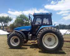 Tractor New Holland Tm150.