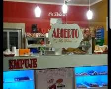 Venta Casa y Panaderia . las Delicias