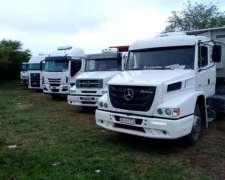 Camiones con Equipo Batea