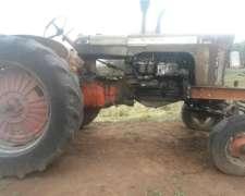 Tractor Case 830 con Rastra Baldan