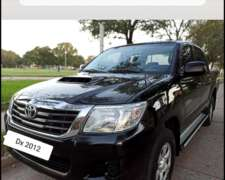 Pick UP Toyota Hilux 2.5