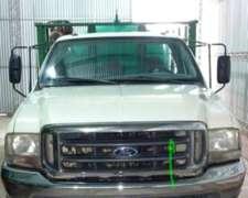 Ford 4000 con Tanque