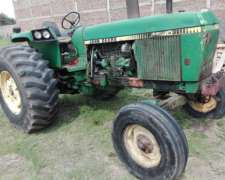 Tractor John Deere 4040 de 120 HP