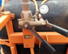 Pulverizadora Jacto de 600 Litros MAS Info 3447562361