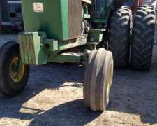 Tractor JD 4930 Modelo 1982 Dual