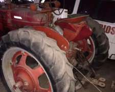 Mac Cormic Farmall Case